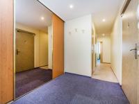 Předsíň (Prodej bytu 4+kk v osobním vlastnictví 76 m², Praha 5 - Stodůlky)