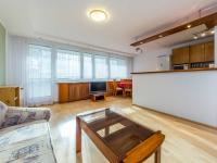 Obývací pokoj, kuchyně (Prodej bytu 4+kk v osobním vlastnictví 76 m², Praha 5 - Stodůlky)