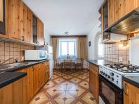 Kuchyně 1NP (Prodej domu v osobním vlastnictví 200 m², Divišov)