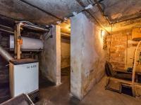 Kotelna a studna (Prodej domu v osobním vlastnictví 200 m², Divišov)