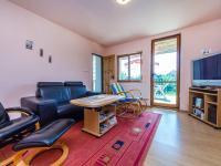 Obývací pokoj 2NP (Prodej domu v osobním vlastnictví 200 m², Divišov)