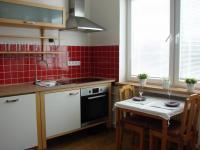 kuchyň (Pronájem bytu 3+1 v osobním vlastnictví 125 m², Praha 5 - Hlubočepy)