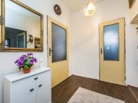 přízemí - předsíň (Prodej domu v osobním vlastnictví 221 m², Praha 4 - Šeberov)