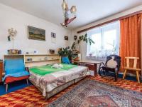 přízemí - pokoj 21m2 (Prodej domu v osobním vlastnictví 221 m², Praha 4 - Šeberov)