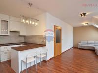 Prodej bytu 1+1 v osobním vlastnictví 45 m², Praha 4 - Šeberov