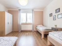 dětský pokoj  (Pronájem domu v osobním vlastnictví 75 m², Praha 5 - Velká Chuchle)