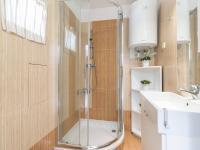 koupelna (Pronájem domu v osobním vlastnictví 75 m², Praha 5 - Velká Chuchle)