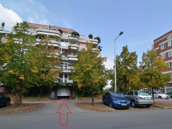 Pronájem garážového stání 15 m², Praha 5 - Hlubočepy