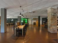 Pronájem restaurace 687 m², Praha 8 - Střížkov