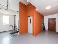 Společné prostory domu - Prodej bytu 2+kk v osobním vlastnictví 45 m², Praha 5 - Stodůlky