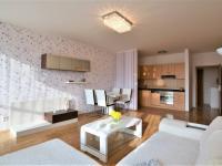 Pronájem bytu 3+kk v osobním vlastnictví 78 m², Hostivice