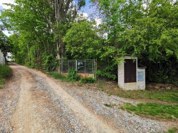 Prodej pozemku 1378 m², Vráž