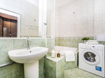 Prodej bytu 2+kk v osobním vlastnictví 51 m², Praha 8 - Libeň