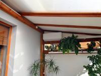 klimatizační jednotka v zimě hřeje, v létě chladí - Prodej bytu 2+kk v osobním vlastnictví 61 m², Praha 5 - Zbraslav
