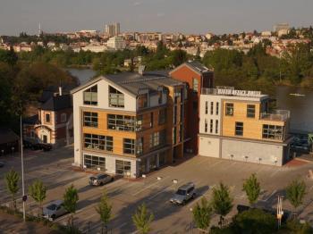 Pronájem komerčního prostoru (kanceláře) v osobním vlastnictví, 64 m2, Praha 5 - Hlubočepy