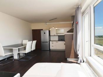 Prodej bytu 3+kk v družstevním vlastnictví 60 m², Praha 10 - Vršovice