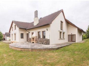 Prodej domu v osobním vlastnictví 478 m², Dobřichovice