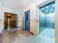 2x výtah - Prodej bytu 3+1 v osobním vlastnictví 70 m², Pardubice