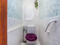 WC oddělené - Prodej bytu 3+1 v osobním vlastnictví 70 m², Pardubice
