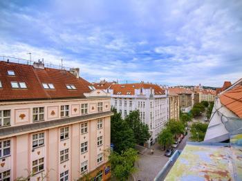 Prodej bytu 3+kk v osobním vlastnictví 74 m², Praha 6 - Střešovice