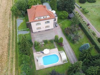 Prodej domu v osobním vlastnictví, 460 m2, Vyžlovka