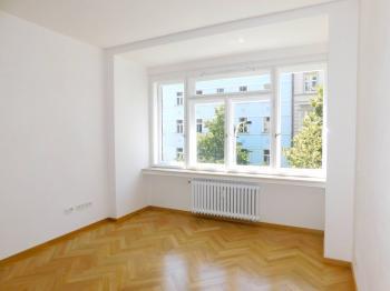 Pronájem bytu 5+kk v osobním vlastnictví 140 m², Praha 2 - Vinohrady