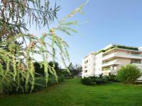 Pohled na dům ze zahrady - Prodej bytu 3+kk v osobním vlastnictví 124 m², Praha 5 - Stodůlky