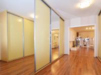 Velká předsíň - Prodej bytu 3+kk v osobním vlastnictví 124 m², Praha 5 - Stodůlky