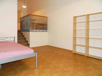 Pronájem bytu 1+kk v osobním vlastnictví 40 m², Praha 9 - Černý Most