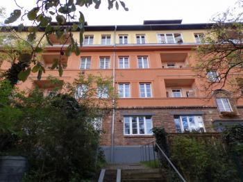 Prodej bytu 1+kk v osobním vlastnictví 24 m², Praha 5 - Jinonice