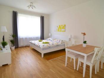 Pronájem bytu 4+kk v osobním vlastnictví 102 m², Praha 10 - Uhříněves