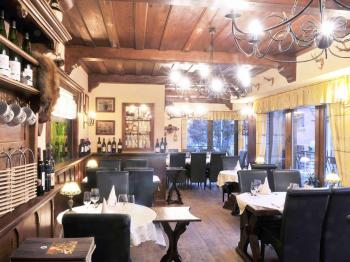 Prodej restaurace, 1100 m2, Praha 9 - Kyje
