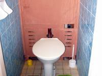 samostatné WC - Pronájem bytu 3+1 v družstevním vlastnictví 67 m², Praha 4 - Podolí