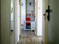 průhled vstup do bytu - Pronájem bytu 3+1 v družstevním vlastnictví 67 m², Praha 4 - Podolí