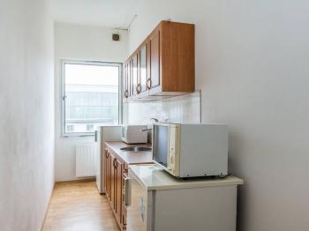 Kuchyńka - Pronájem kancelářských prostor 15 m², Příbram