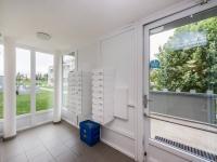 Vstup do domu - Prodej bytu 2+kk v osobním vlastnictví 46 m², Praha 10 - Uhříněves