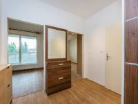 Předsíň - 5,90 m2 - Prodej bytu 2+kk v osobním vlastnictví 46 m², Praha 10 - Uhříněves
