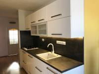 Kuchyň (Prodej bytu 3+1 v osobním vlastnictví 75 m², Židlochovice)