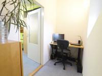Pracovní kout (Prodej bytu 2+kk v osobním vlastnictví 50 m², Brno)