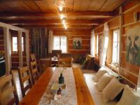 Jídelna (Prodej domu v osobním vlastnictví 685 m², Kryštofovo Údolí)