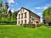 Prodej penzionu 410 m², Cvikov