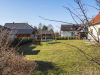 zahrada (Prodej domu v osobním vlastnictví 218 m², Doksy)