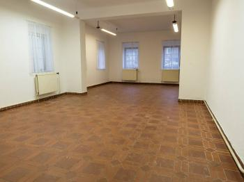 větší kancelář - Pronájem komerčního objektu 93 m², Nový Bor