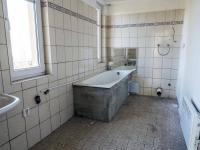 koupelna v patře (Prodej domu v osobním vlastnictví 250 m², Hamr na Jezeře)