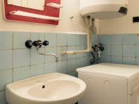koupelna (Prodej bytu 3+1 v osobním vlastnictví 77 m², Česká Lípa)