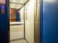 modernizovaný výtah (Prodej bytu 3+1 v osobním vlastnictví 77 m², Česká Lípa)