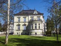 pohled na Villu Hrdlička (Pronájem komerčního objektu 38 m², Česká Lípa)