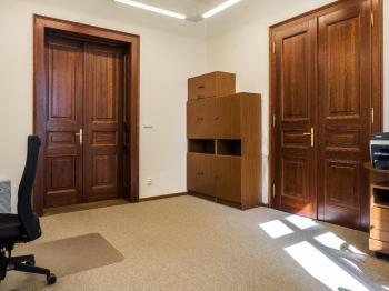 kancelář č.202 ve 2.NP - Pronájem komerčního objektu 23 m², Česká Lípa