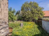 stodola v pozadí (Prodej domu v osobním vlastnictví 160 m², Kravaře)