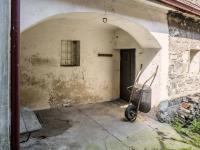 podloubí (Prodej domu v osobním vlastnictví 160 m², Kravaře)